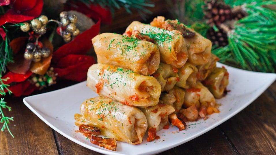 Romanian Cabbage Rolls (Sarmale)