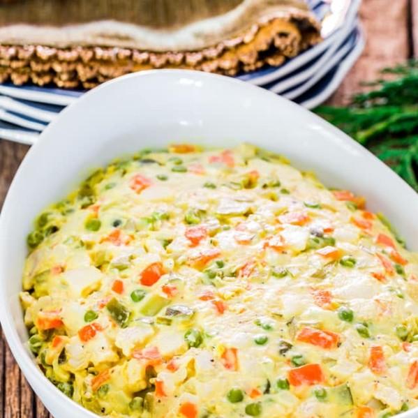 a bowl of the salata de beouf