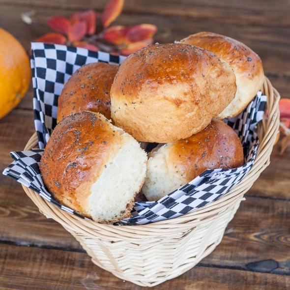 classic-dinner-rolls-1-2