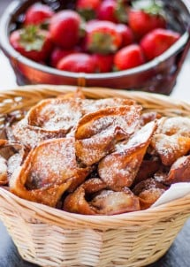 nutella-and-strawberry-wontons-1