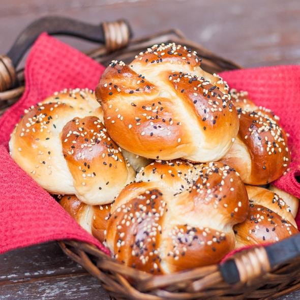 portuguese-sweet-bread-rolls-1-2