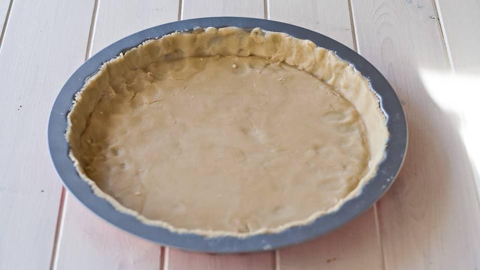 shortcrust in a tart pan