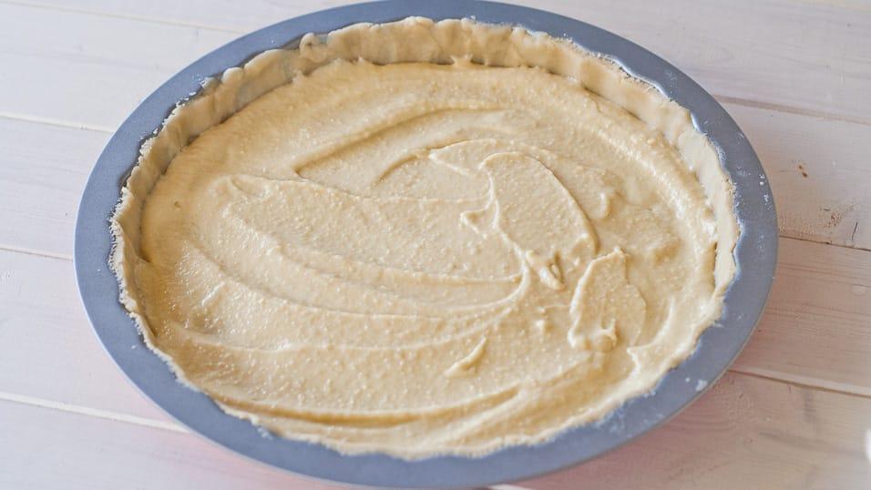 Almond cream added to the shortcrust