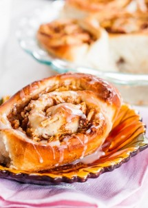 apple-and-pecan-cinnamon-rolls-1-3