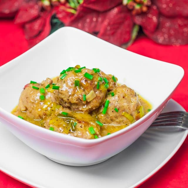 Meatballs in Beer Sauce with Leeks