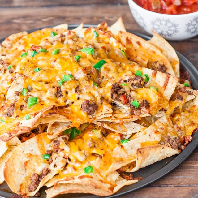 beef-and-cheese-nachos-with-chorizo-sausage-4