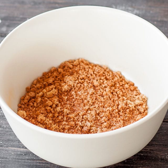 cinnamon-rolls-6