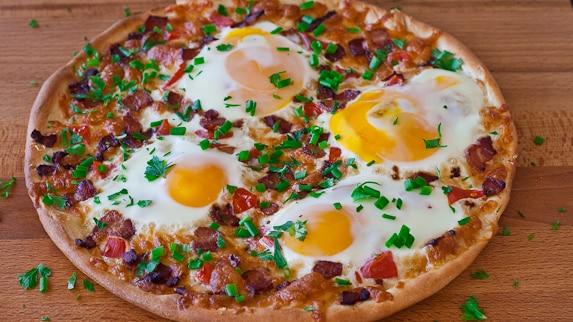 bacon n egg breakfast pizza this breakfast pizza is a breakfast pizza ...