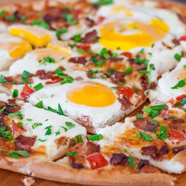 breakfast-pizza-1-4