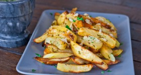 roasted potatoes with garlic sauce-1-3