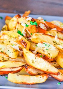 roasted-potatoes-with-garlic-sauce-1