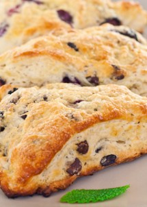 blueberry chocolate chip scones-1