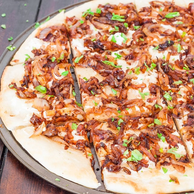 caramelized-onion-flatbread-2