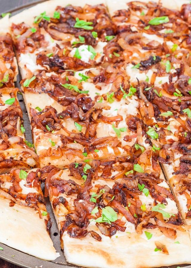 caramelized-onion-flatbread