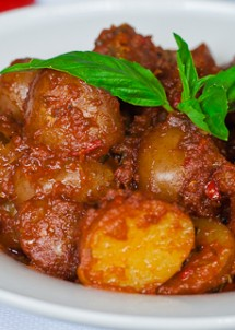 potatoes in hot red sauce-1-9