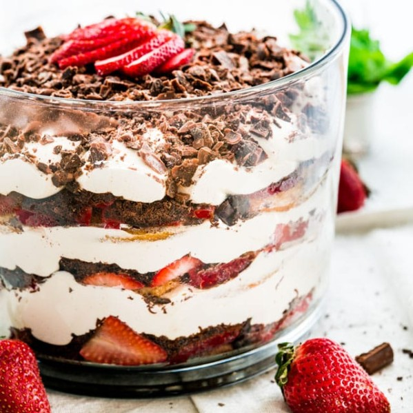 side view shot of the strawberry tiramisu trifle
