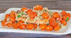 salmon with roasted tomatoes and onions-1