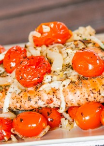 salmon-with-roasted-tomatoes-and-onions-5