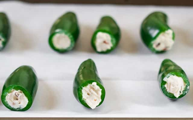screaming-stuffed-jalapeno-poppers-7
