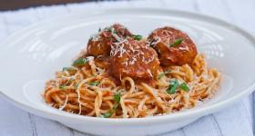 spaghetti and chicken meatballs-1