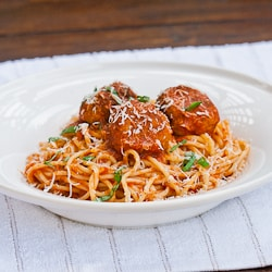 Slimmed Down Spaghetti & Chicken Meatballs