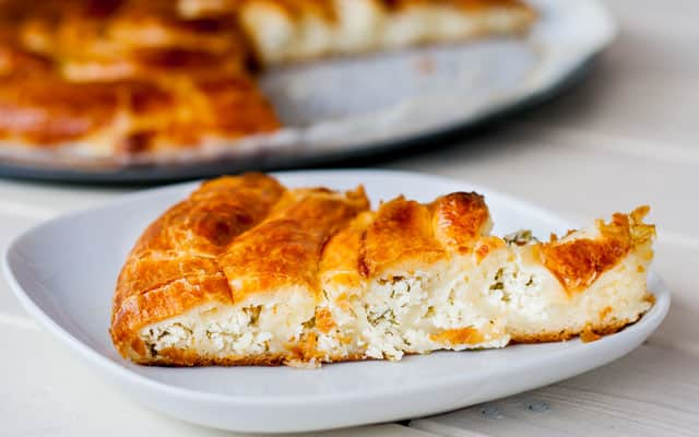 Cheese Spiral Pie – a delicious cheese pie made with croissant dough and shaped into a large spiral.