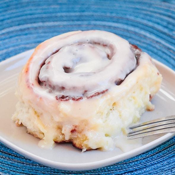 cinnabon-cinnamon-rolls-1-2