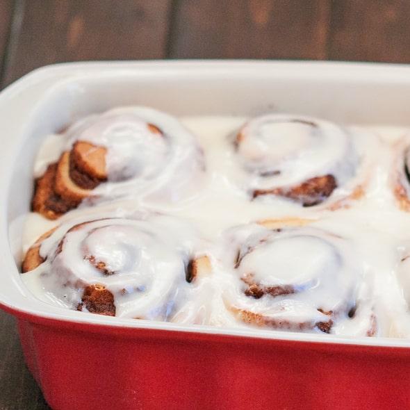 cinnabon-cinnamon-rolls-1-5