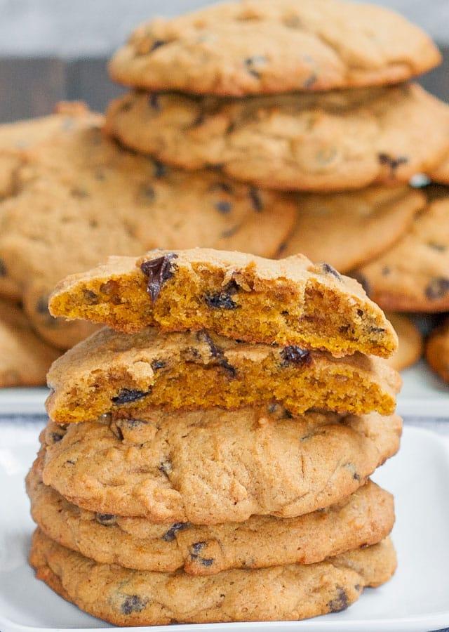 pumpkin-chocolate-chip-cookies-2