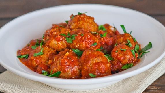 Italian Meatballs with Marinara Sauce - Jo Cooks