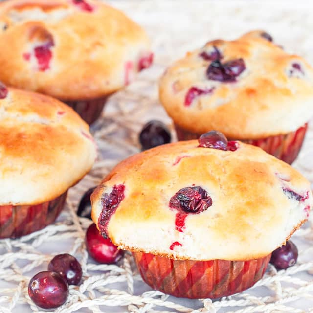 cranberry-banana-muffins-2