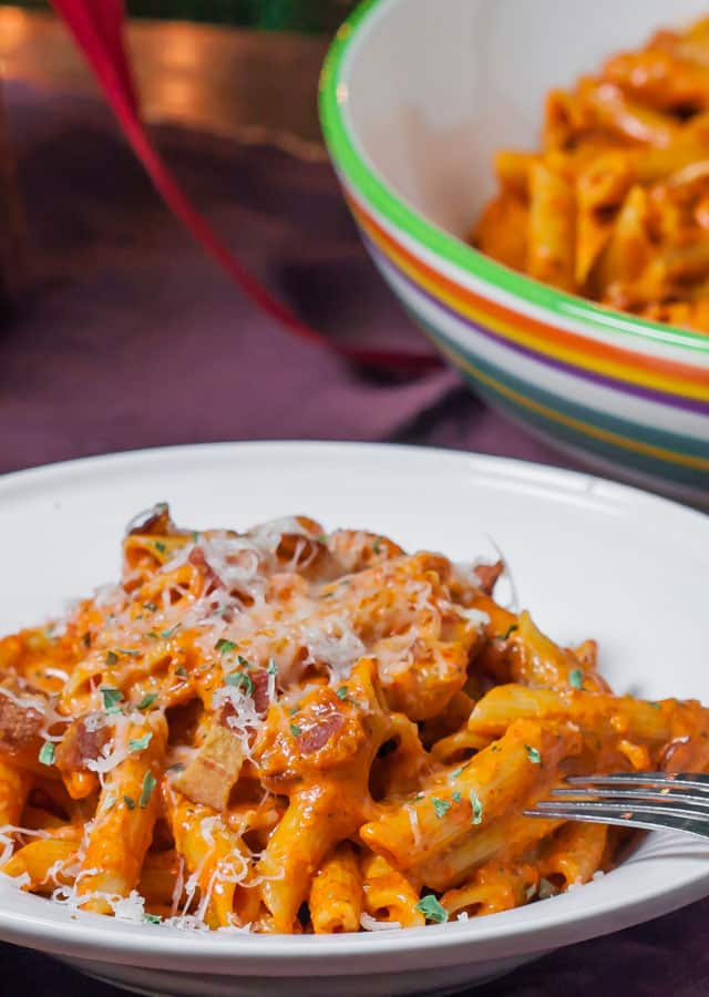 Roasted Red Pepper and Pecan Pesto Penne – simple and delicious ...