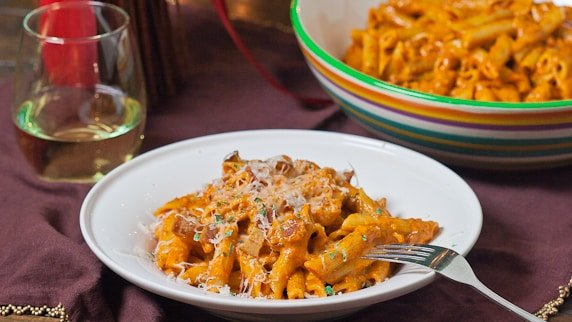 Roasted Red Pepper Pesto Penne And Ridiculous Brownies Recipes ...