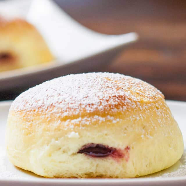 Baked Jelly Filled donuts – now you can have your donut and eat it too. Delicious donuts filled with your favorite jelly and best of all they're baked!