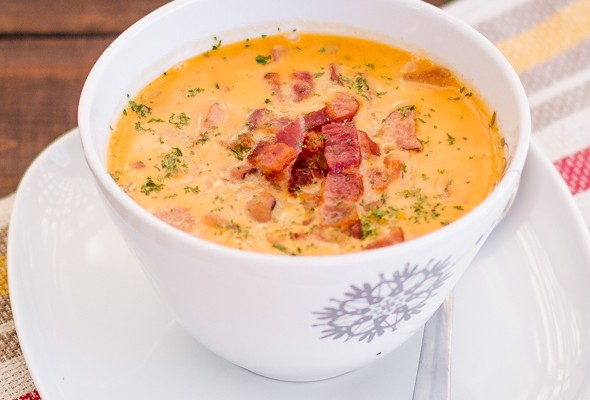tuscan-bean-soup-with-bacon-and-kabanos-1