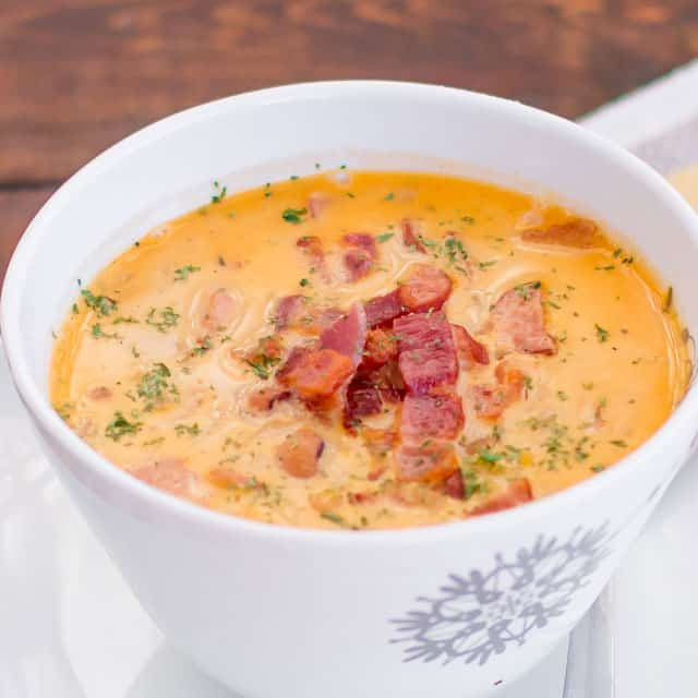 tuscan-bean-soup-with-bacon-and-kabanos