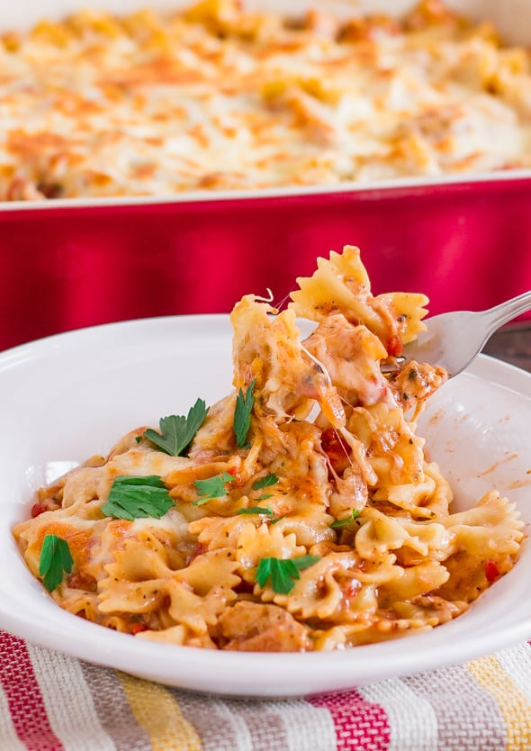 cheesy-chicken-pasta-bake-1