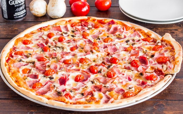 deli-pizza-2