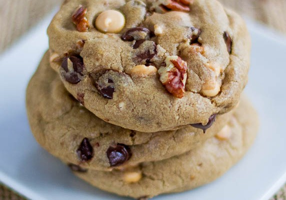 butterscotch chocolate & pecan cookies-1-3