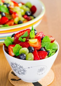 summer-fruit-salad-with-lemon-dressing