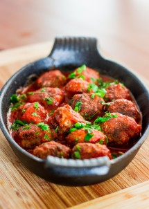 spicy-ricotta-meatballs-in-tomato-sauce-1-11