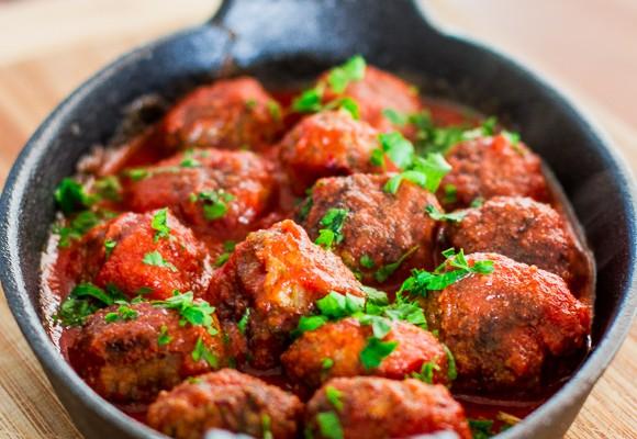 spicy-ricotta-meatballs-in-tomato-sauce-1-11