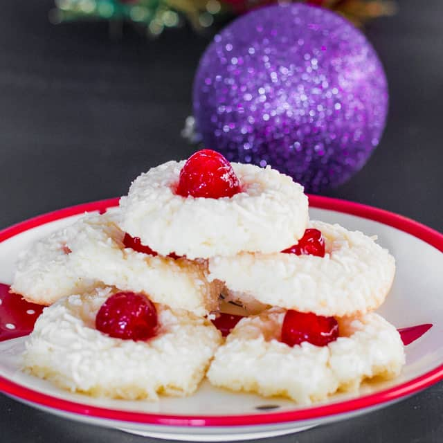 yuletide-coconut-cherry-cookies