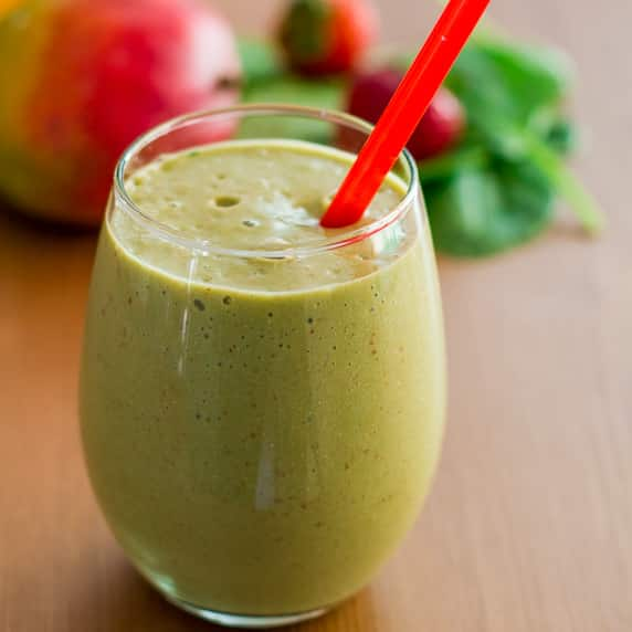 Mango, Strawberry and Spinach Smoothie