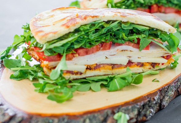 bacon-chicken-and-arugula-sandwich-1-2