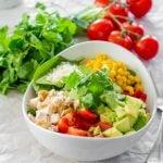 chicken spinach salad with avocado cilantro