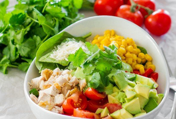 chicken-spinach-salad-with-avocado-cilantro-dressing-1-2