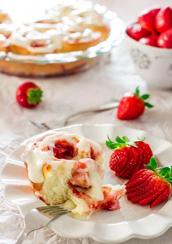 strawberry-rolls-1-3