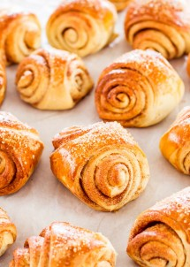 finnish-cardammom-rolls