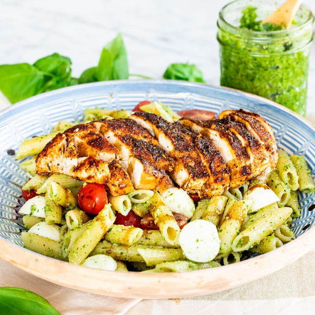 Chicken Pesto Caprese Pasta